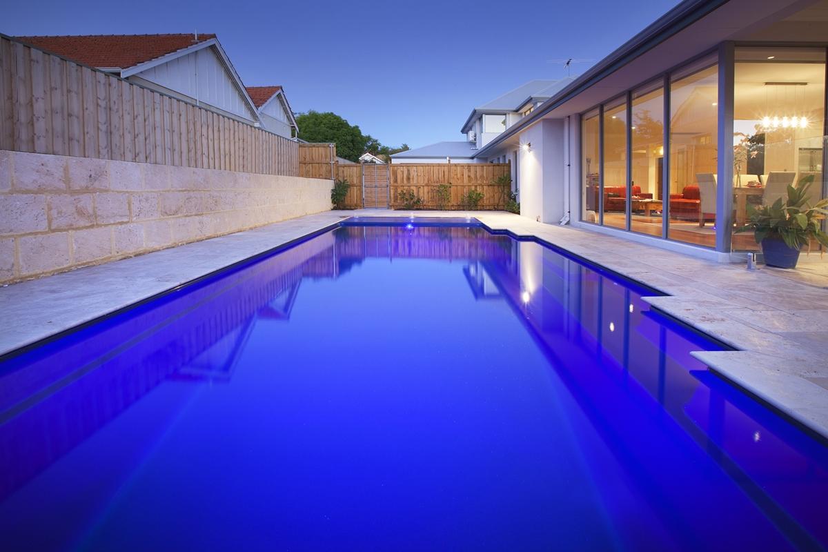 Monaco Pool 9.5m x 4.4m 2